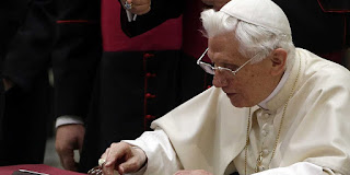 Pope Benedict in critical condition