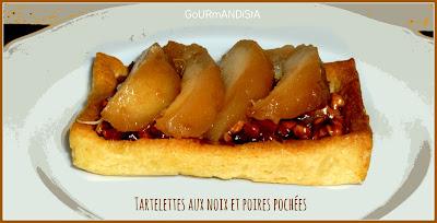 Image Tartelettes aux noix et poires pochées