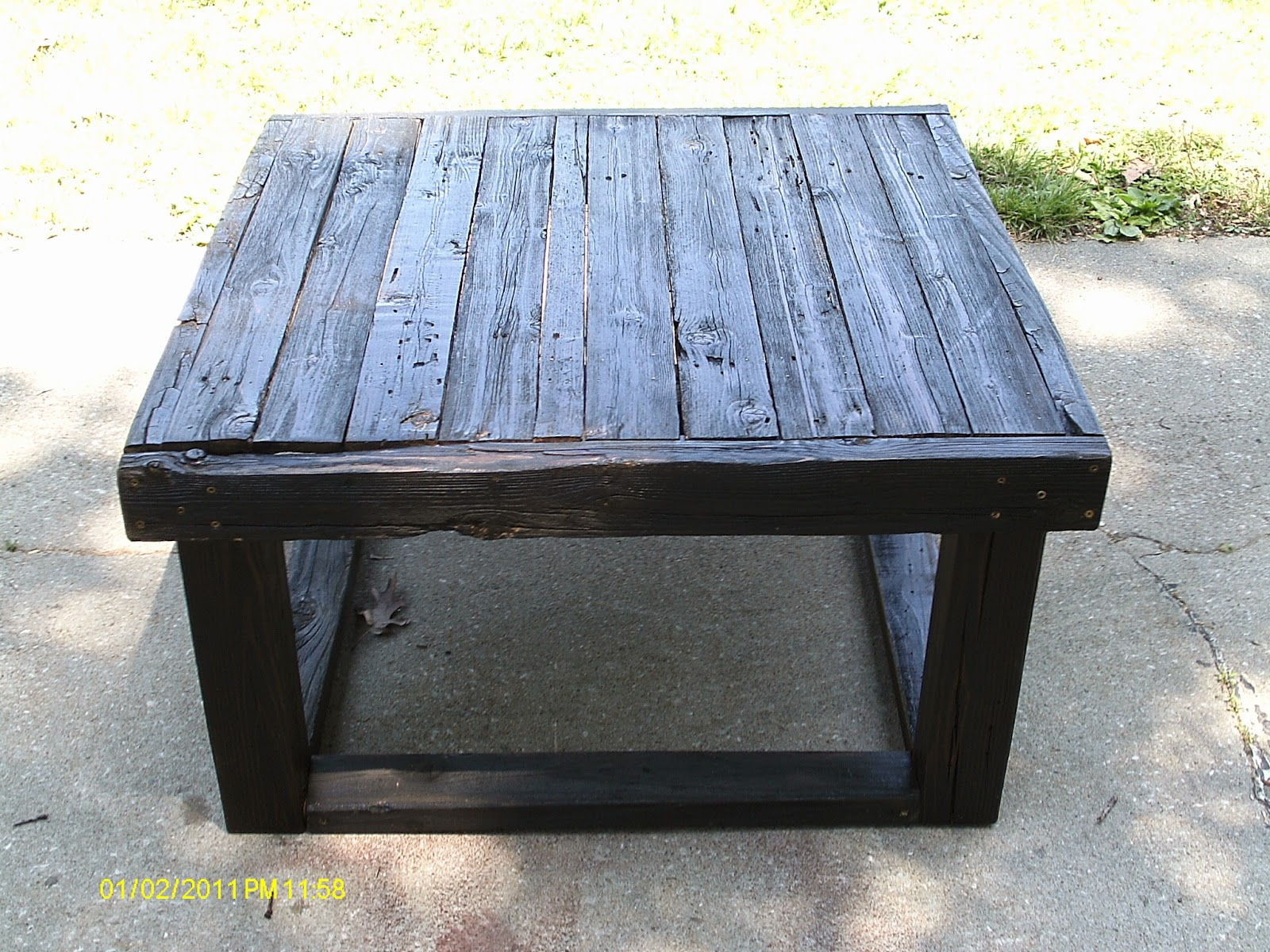 Rustic coffee tables unique and handmade from the log - I Wanted To Make A Matching Living Room Set So I Did The Advantages Of Being Your Own Boss Lol The Coffee Table Is 19 5 Tall X 36 X 36