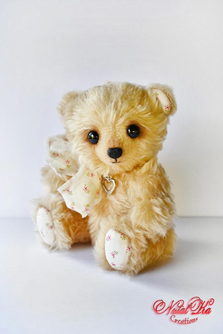 Künstlerbär Teddy von NatalKa Creations. Artist teddy bear handmade by NatalKa Creations
