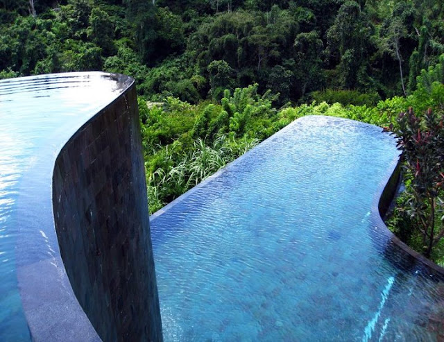 infinity pool of ubod hanging gardens hotel in bali indonesia