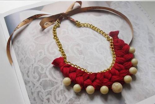 Popular DIY Crafts Blog Jewelry - Diy braided necklace