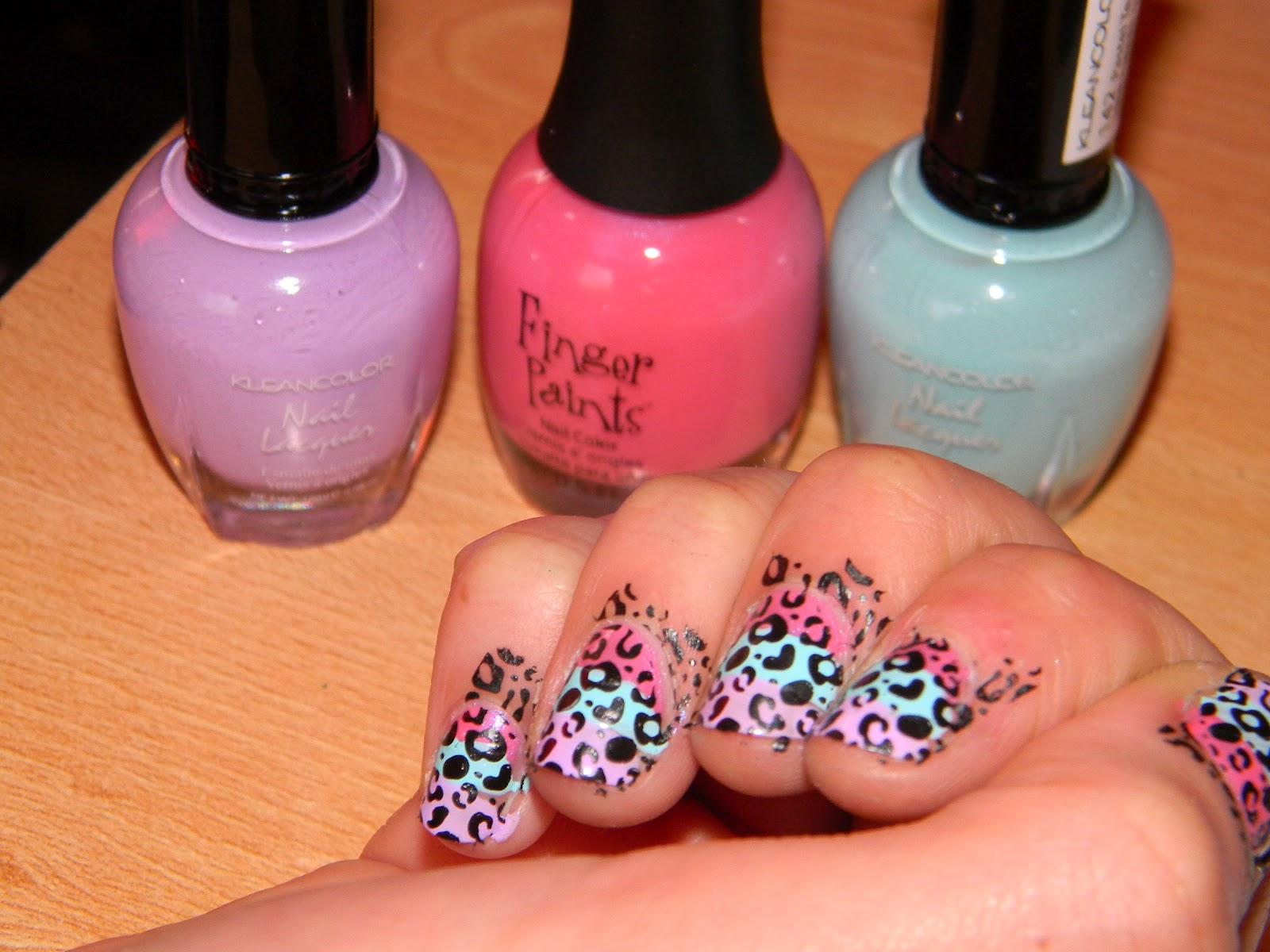 La Caro comenta: Tutorial - Estampados de uñas