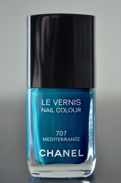 A Dip In The Mediterranee...Chanel Le Vernis