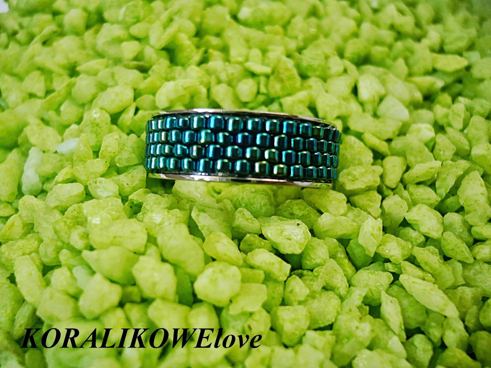 koralikowy pierścionek