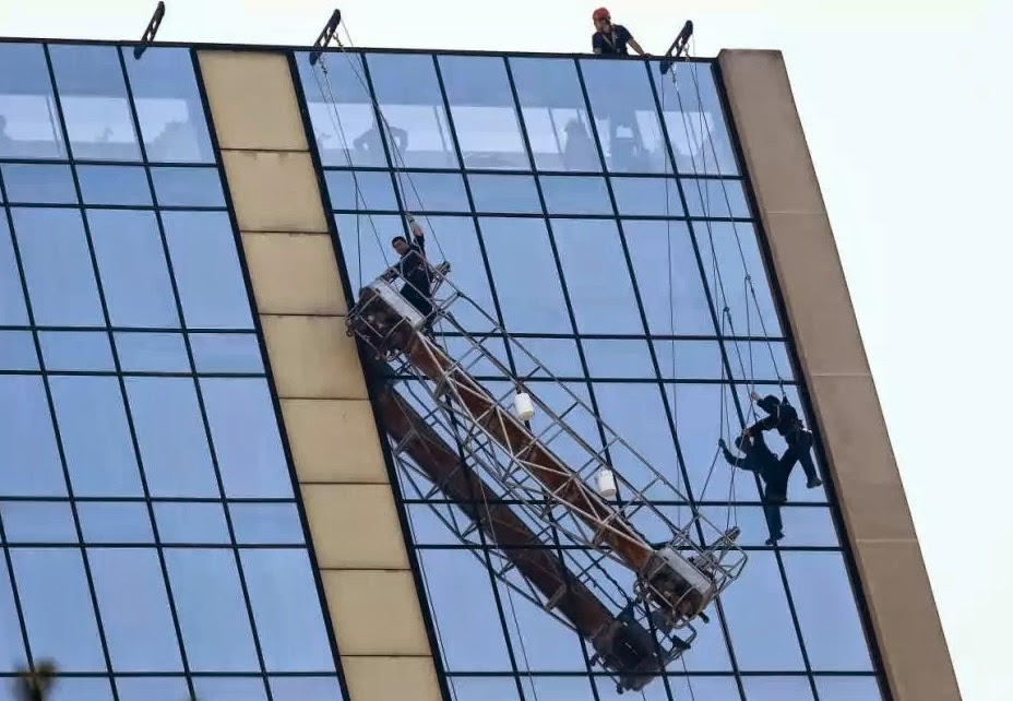 Robinson Solutions Professional Window Cleaning 1 Rescue