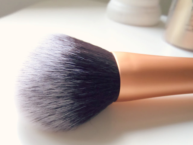 Real Technique Powder Brush Close Up