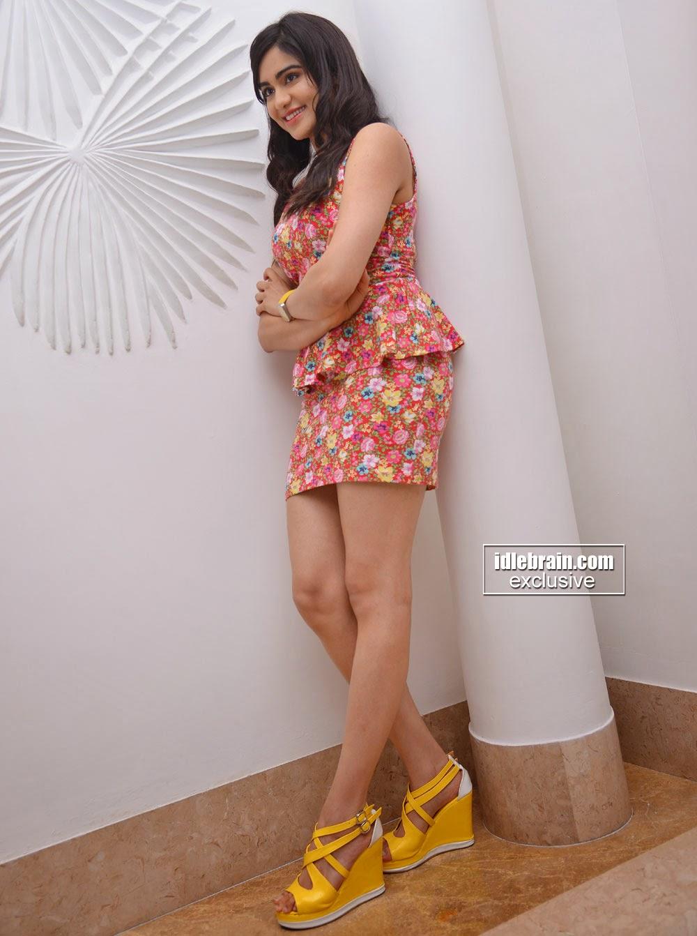 Adah Sharma thighs
