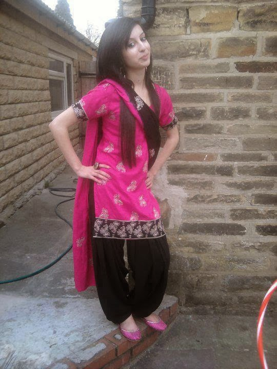Pakistani+New+Cute+Young+Girls+Lovely+Pictures+2014006