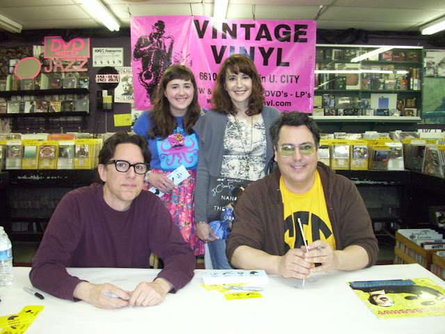 they might be giants tmbg john flansburgh linell st. louis missouri saint delmar loop pizza kei pizza-kei cute kawaii