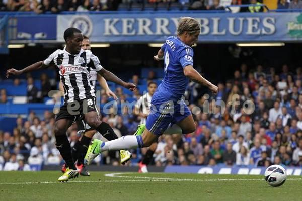 Newcastle VS Chelsea Liga Inggris 2013