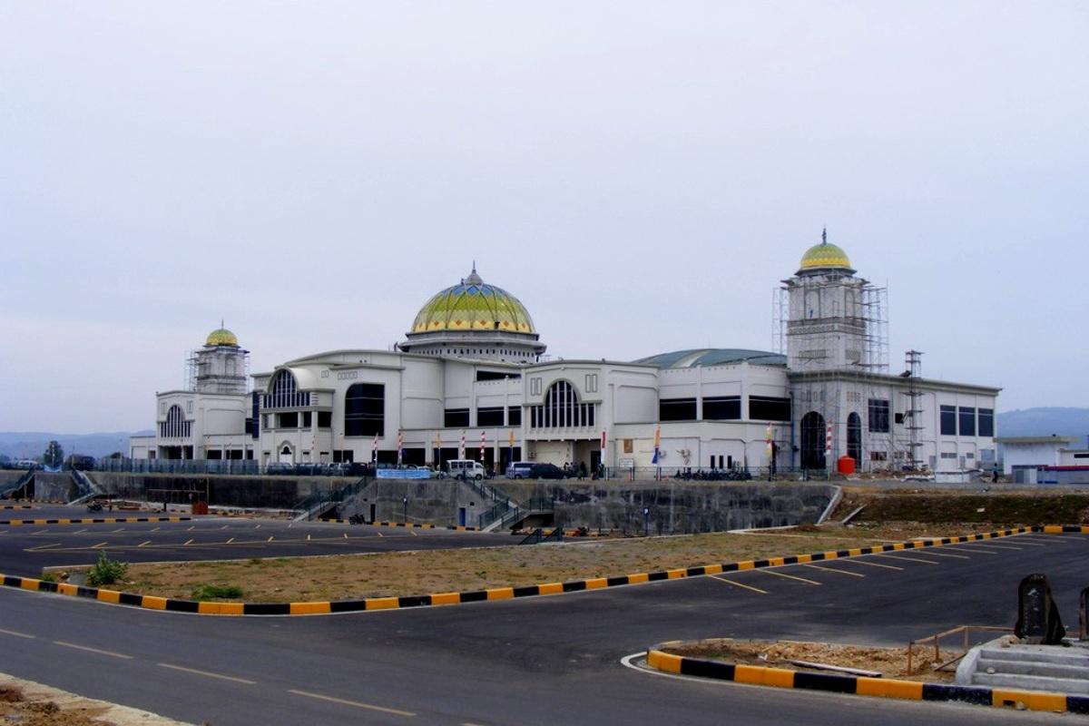Bandara Internasional Sultan Iskandar Muda, Aceh. ZonaAero