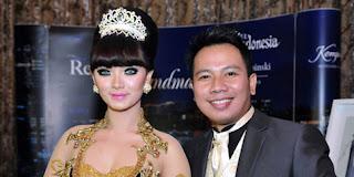 FOTO Zaskia Gotik dan Vicky Prasetyo Putus Tunangan 2013 Batal Nikah