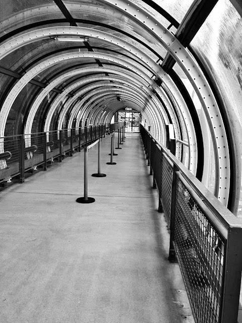 pedestrian tube at Pompidou Center