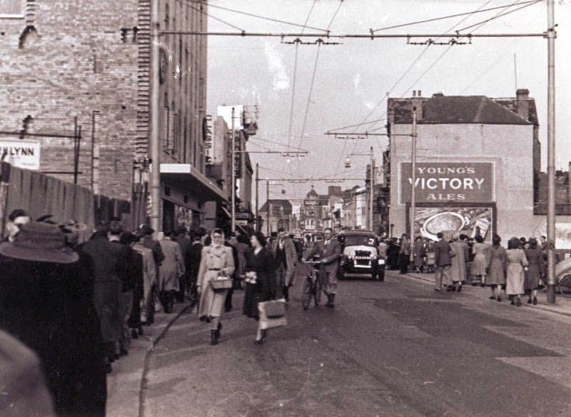 Commercial Road 1950's