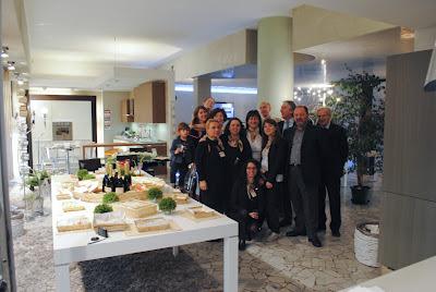 Aprile 2012 non solo mobili for Domus arredo