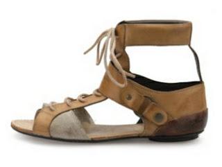 Sandalias de cuero y lino