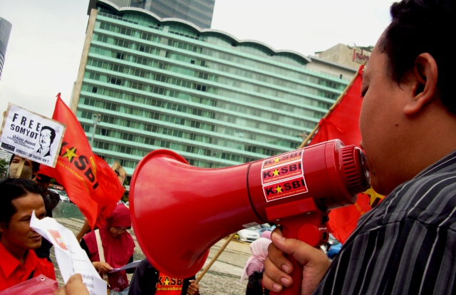 A strike movement is growing in Indonesia