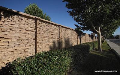 Arquitectura de casas muros exteriores y perimetrales de - Piedra para muros exteriores ...