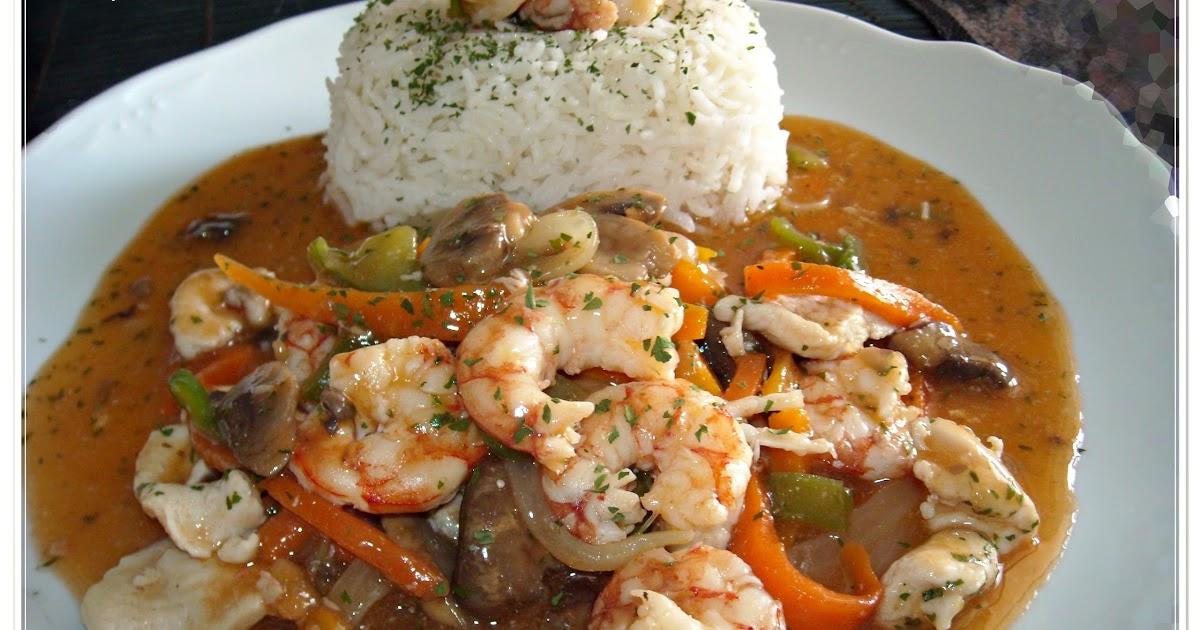 Mandil perejil salteado de pollo y langostinos con arroz basmati - Arroz salteado con pollo ...