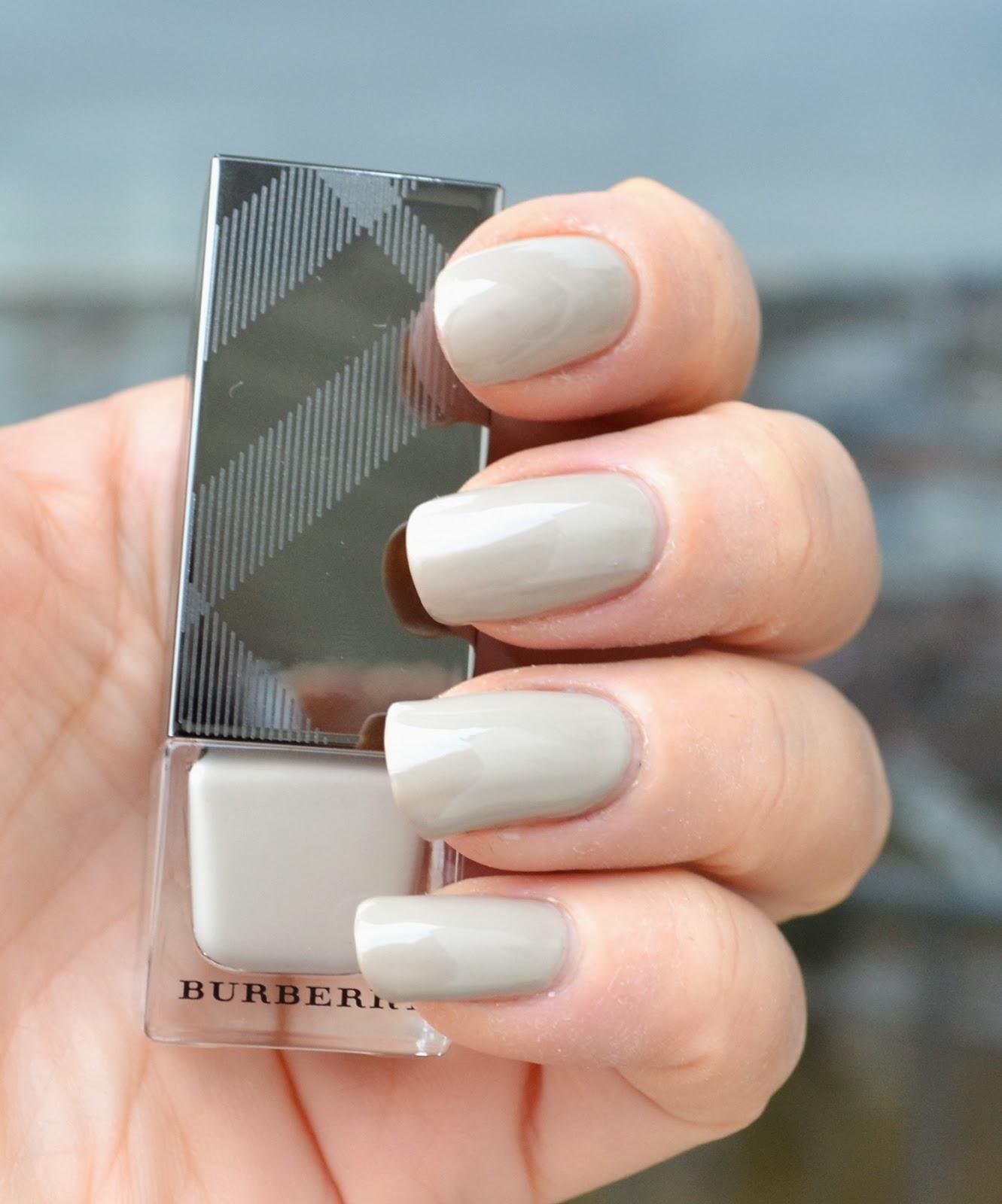 burberry fall 2015 nail polish