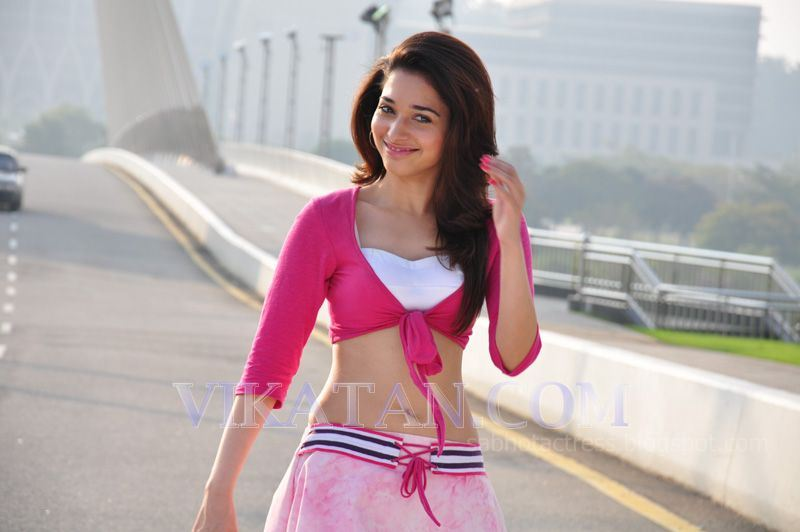 tamanna navel show in vengai movie stills hot and sexy thigh show