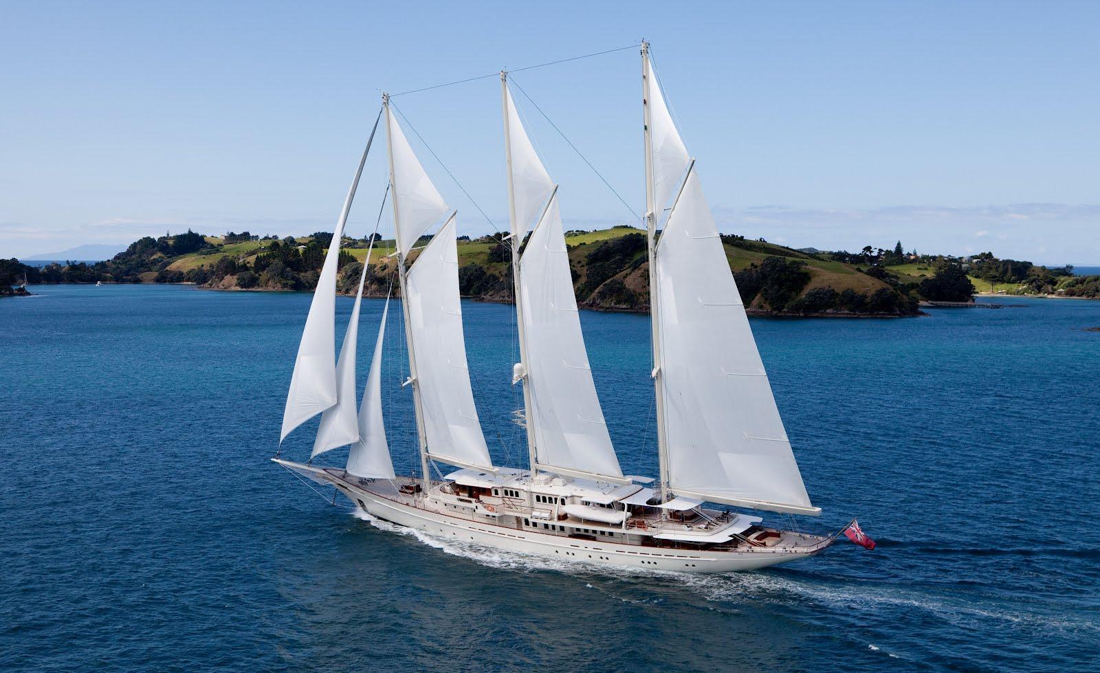 Megayacht ATHENA