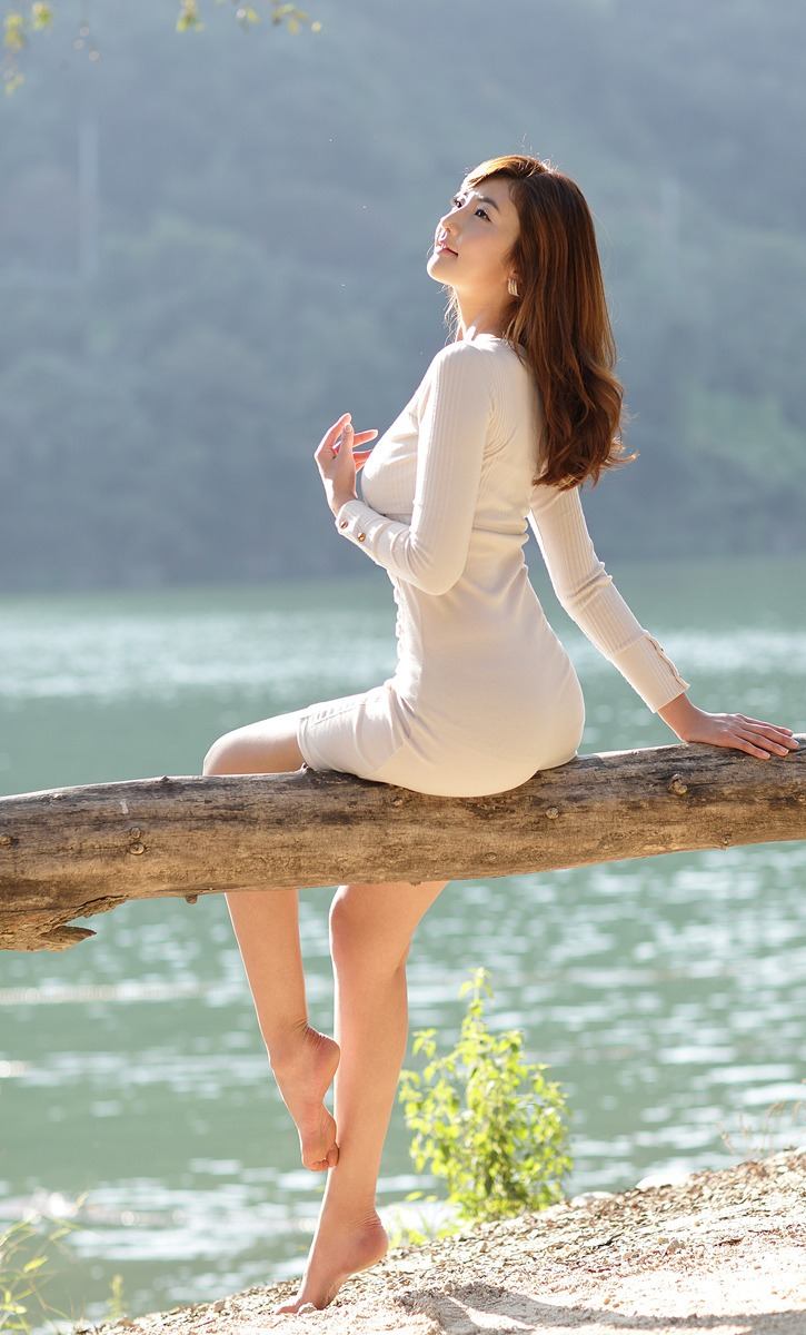 有奇缘 能相聚 (yǒu qí yuán néng xiāng jù) - With romance we can meet together 死亦无悔 (sǐ yì wú huǐ) - To die is also without regrets