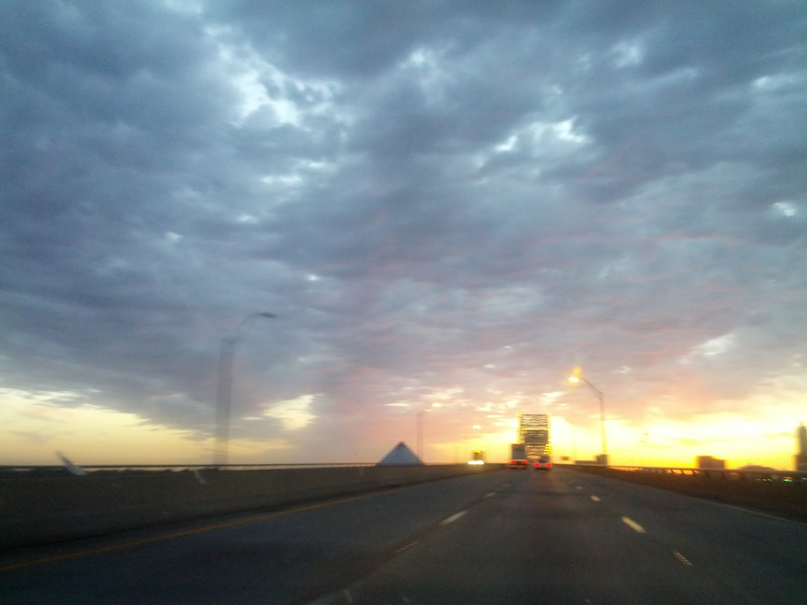 Pyramid Of Memphis Nuclear Atoms Wallpaper