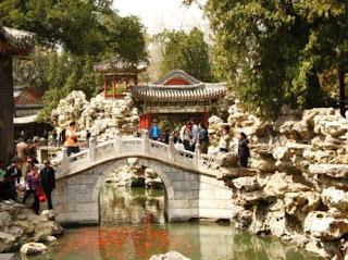 Tempat Wisata di Beijing - Beihai Park (Taman Beihai) Beijing China