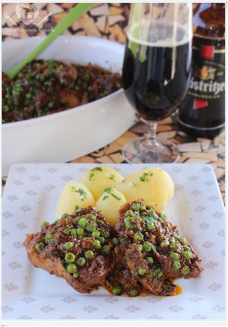 Receita fácil de frango ensopado ao molho de cerveja preta