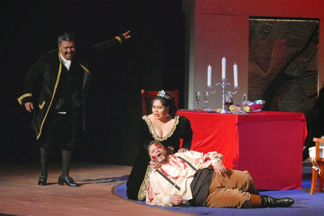 an opera analysis of tosca by giacomo puccini Ending with cio-cio san's seppuku, name this opera set in japan by giacomo puccini the girl of the golden west in this opera, the tenor does not reciprocate a whistle, which would have signaled a raid that would have killed the title character, who later cheats at a game of poker to save a man named ramirez from jack rance.