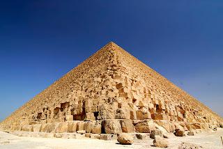 La Gran Pirámide o El Cañón Estelar