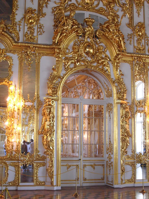 white interior of Catherine's Palace