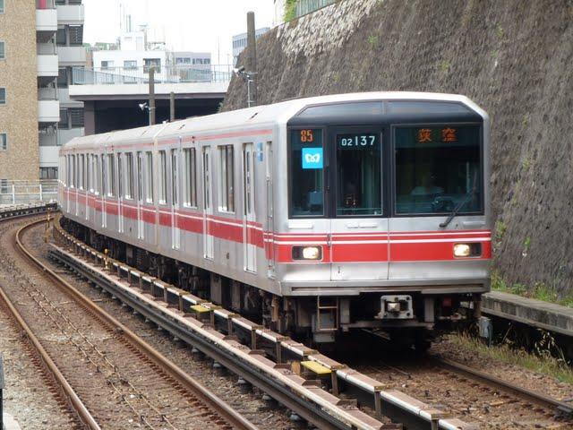 東京メトロ丸ノ内線 荻窪行き2 02系LED