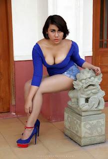 Foto Model Dewasa Super Toge dari Pulau Bali (Hot)