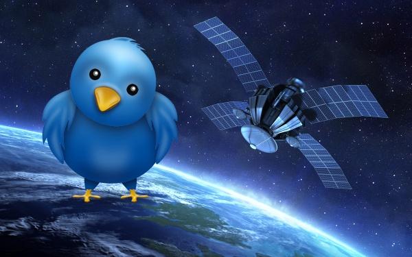 Tweet Melalui Satelit