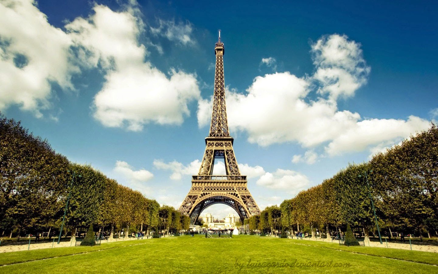 Eiffel Tower Amazing High Definition Latest Wallpapers Free