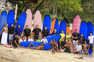 Surf School in Bali, surfing in Dreamland, surfing in Padang Padang