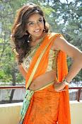 Vithika sheru latest glamorous photos-thumbnail-16