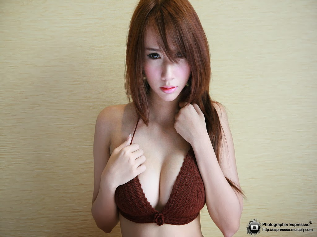 atom phakjira sexy naked pics 02