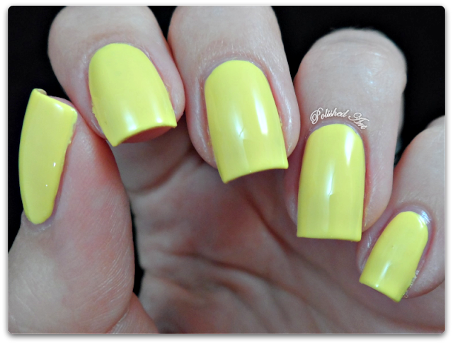 seventeen-17-gel-colour-nail-polish-lemon drop-swatch