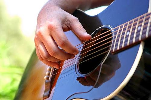 belajar genjreng, belajar ngocok, belajar strumming, guitar strumming, strumming basic, belajar gitar, belajar gitar pemula,