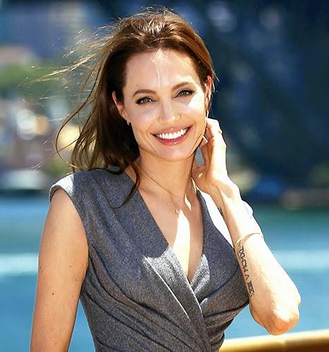 Angelina Jolie retira ovários para se prevenir de câncer.