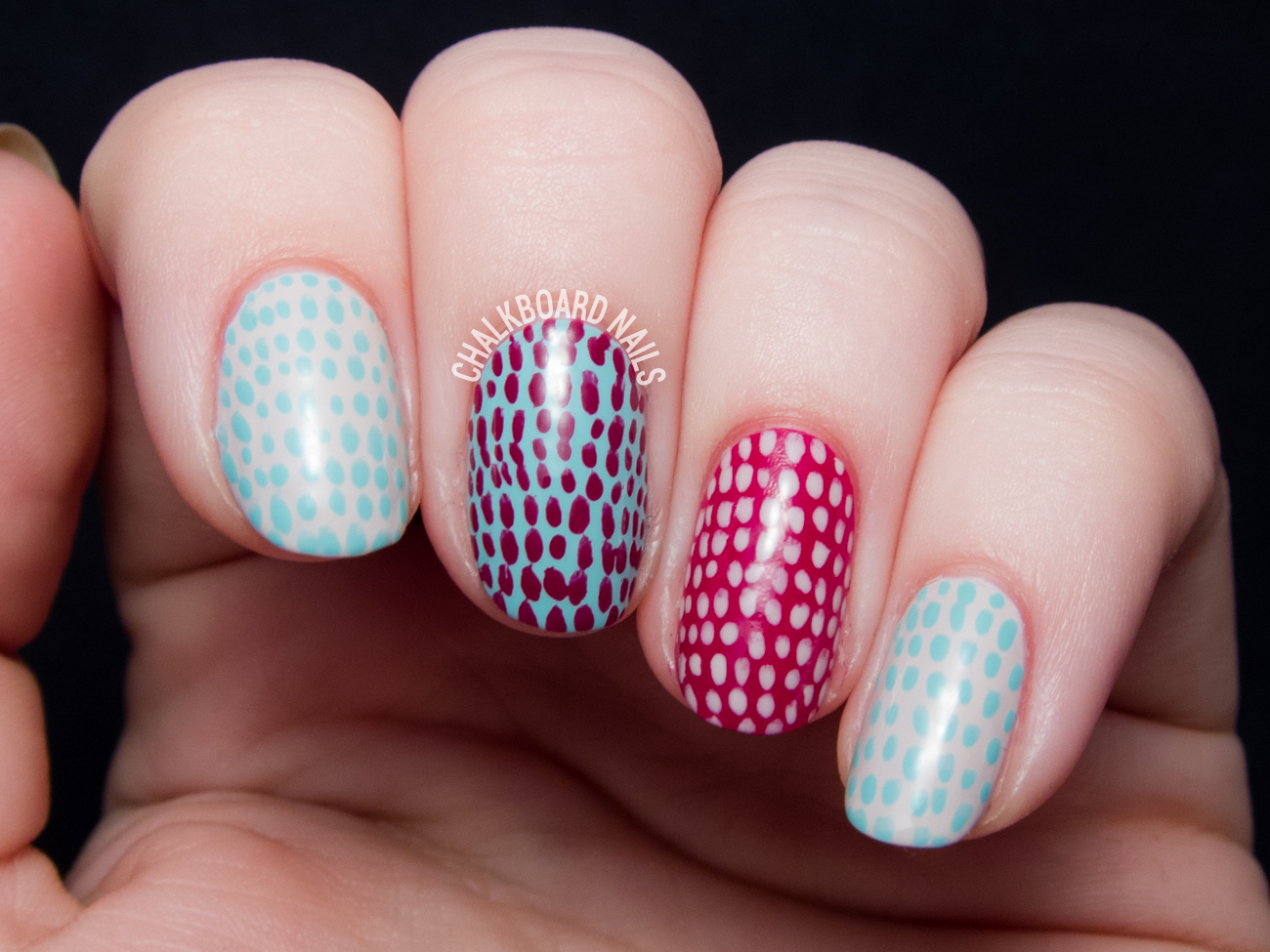 Simple scaled nail art tutorial by @chalkboardnails
