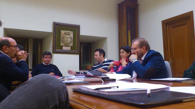 Algunos componentes de la comisión mixta de participacion ciudadadana en la sesion del miércoles