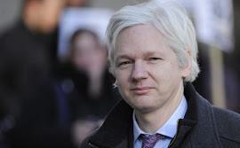 Assange pede asilo ao Equador