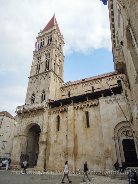 克羅地亞, 塞吉爾, Trogir, cathedral of st lawrence