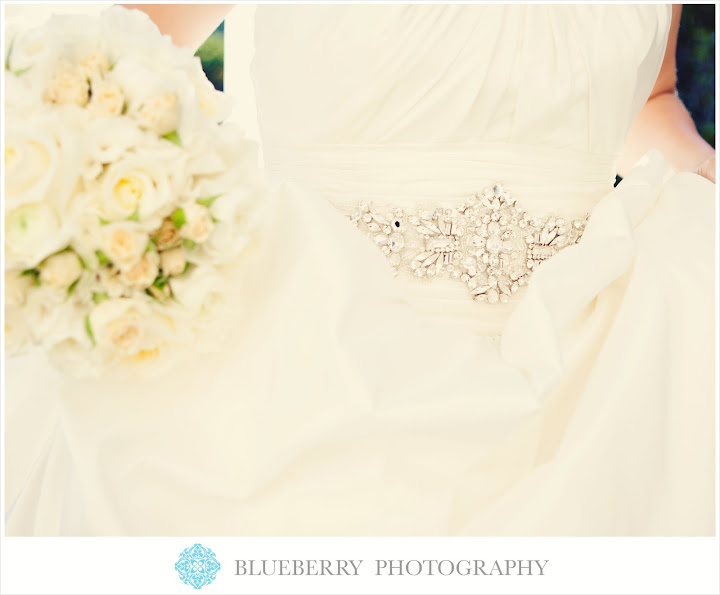 Livermore vineyard winery beautiful wedding photography first look casa real
