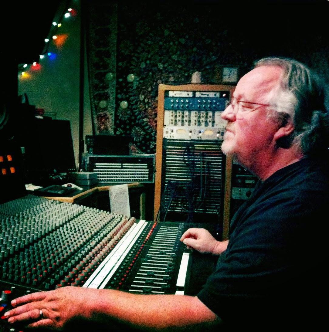 Wyn Davis image